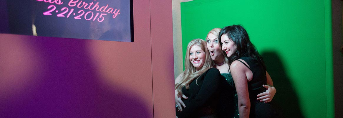 Open air photo booths for sweet 16s